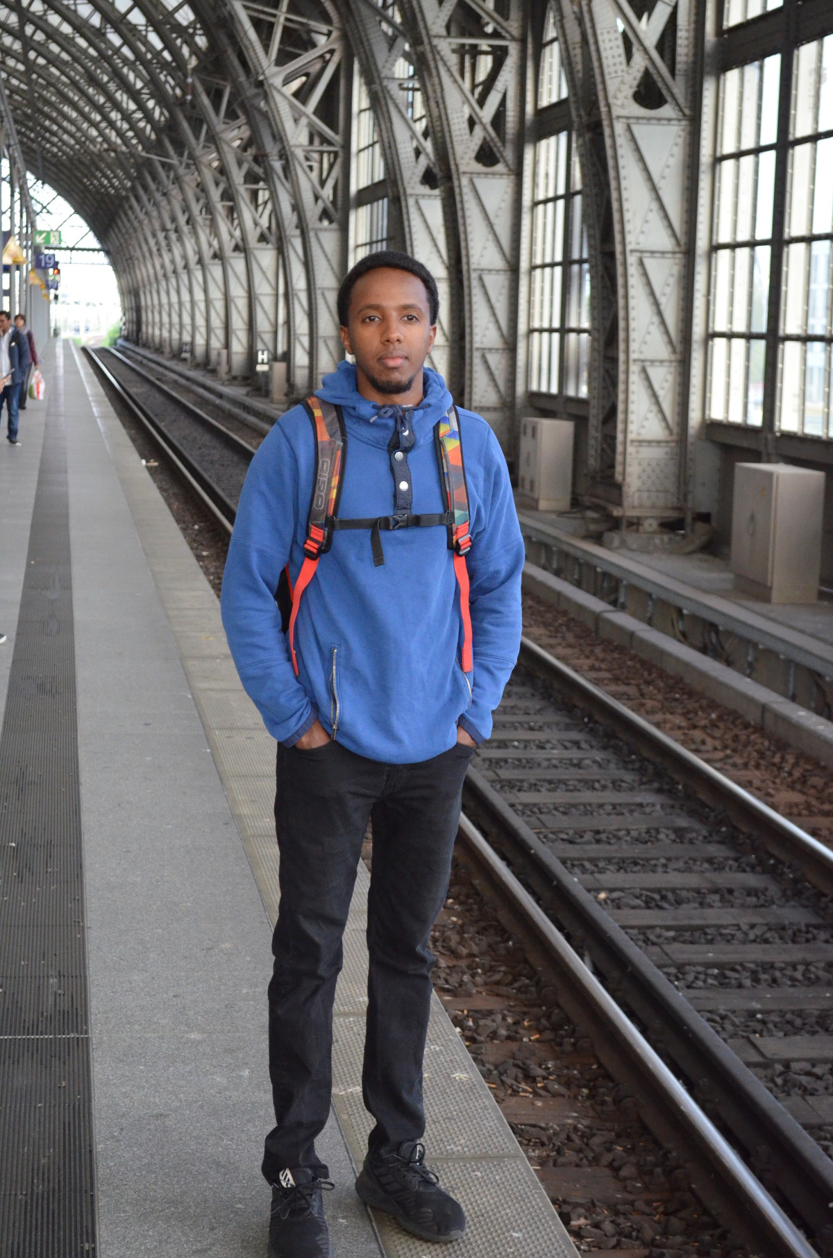 Portrait of an American student at the Dresden main station
